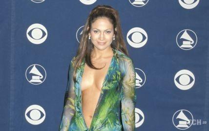 """Платье, которое изменило Интернет: история """"голого"""" наряда от Versace Дженнифер Лопес"""