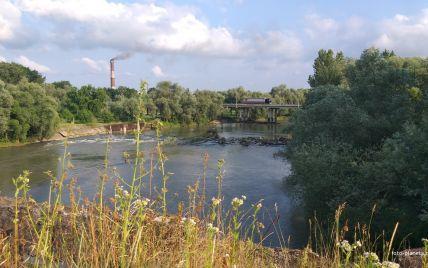 Покійний був одягнений у вишиванку: в Львівській області біля річки знайшли скелетоване тіло людини