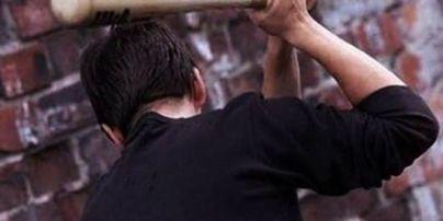 У Києві затримали трьох чоловіків, які катували безхатьків