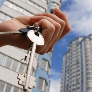 Кто из украинцев до сих пор стоит в очередях за бесплатными метрами и есть ли шансы получить жилье
