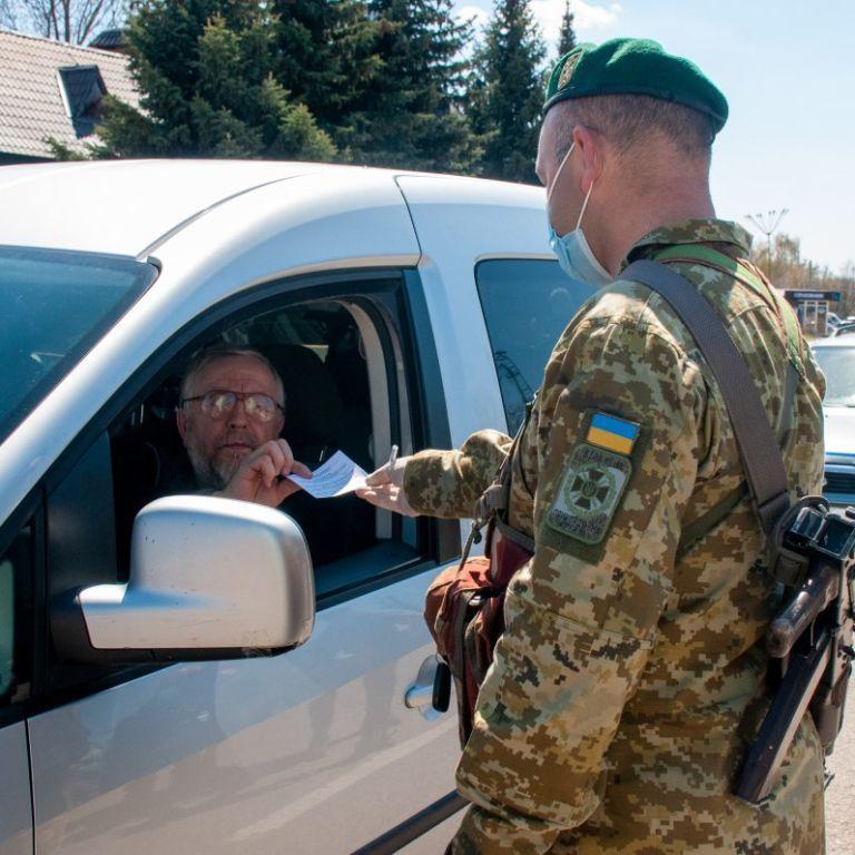 Як оформити COVID-документи для перетину кордону: українцям дали детальне пояснення