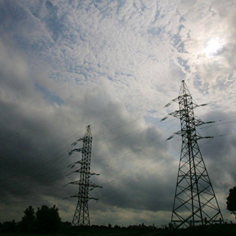"""""""Укрэнерго"""" не поставляет электроэнергию в аннексированный Крым"""