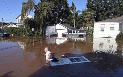 """Ураган """"Ида"""" в США: жертвами непогоды стали около 30 человек, среди них — маленький ребенок"""