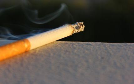 Переплутав: у Запорізькій області чоловік хильнув бензину і закурив