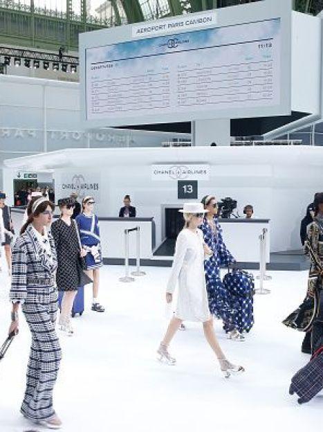 Показ коллекции Chanel весна-лето 2016 на Парижской неделе моды / © Getty Images