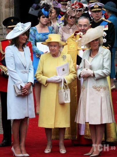 Королева Елизавета II на свадьбе старшего внука / © Getty Images
