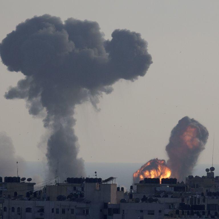 Релігійні переслідування у Криму та потужний обстріл Ізраїлю ракетами. П'ять новин, які ви могли проспати