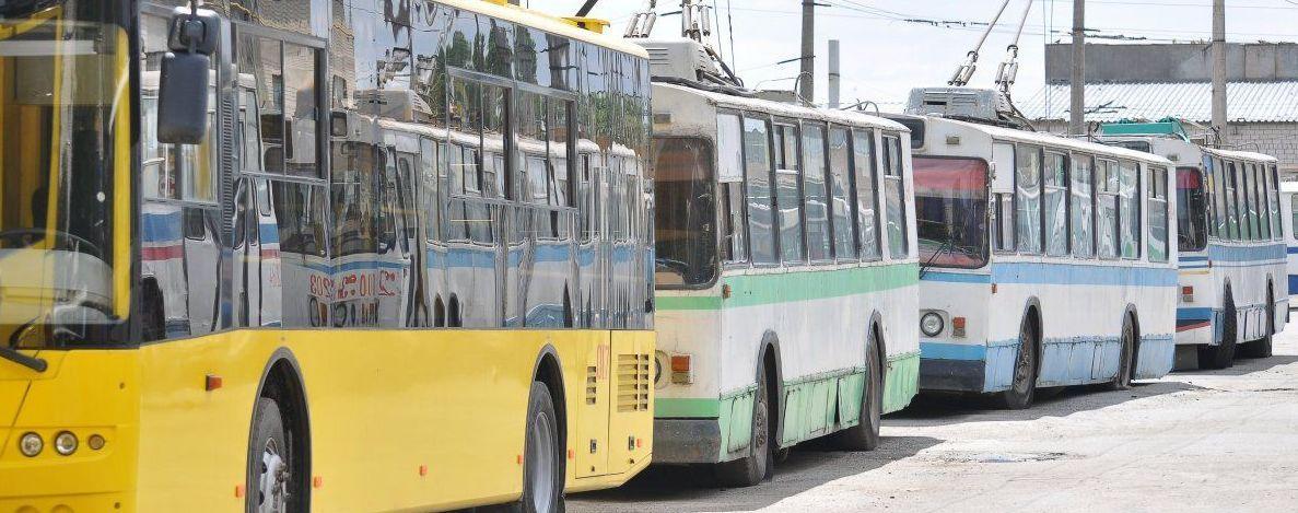 У Полтаві чоловік після удару струмом у тролейбусі потрапив до реанімації