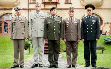 """""""Вышеградская четверка"""" усилит военное сотрудничество с Украиной"""