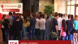 В Днепропетровске сотни людей пришли сдать кровь для раненой медсестры