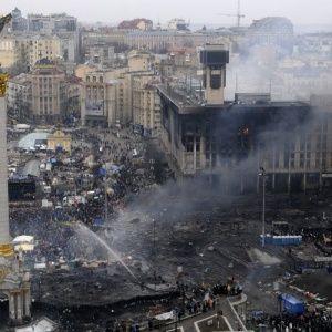 В Киеве начинают отстраивать сгоревший во время Майдана Дом профсоюзов