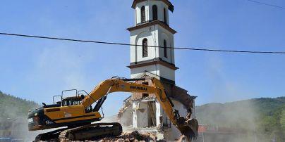 Боснійка після 20 років судів за свою землю домоглася знесення сербської церкви