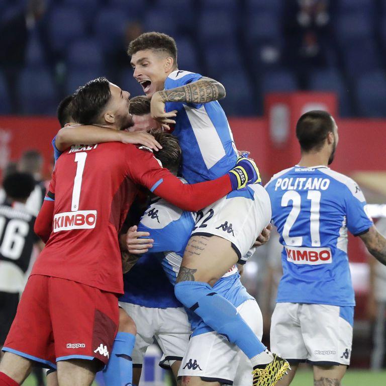 """""""Наполі"""" в серії пенальті перестріляв """"Ювентус"""" і став володарем Кубка Італії"""