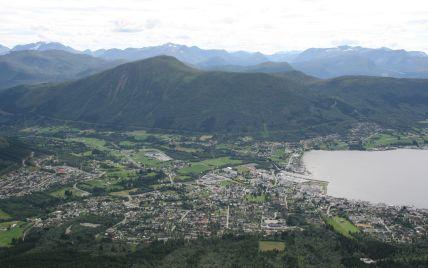 У горах Норвегії дві сестри загинули внаслідок удару блискавки: ще одна потрапила до лікарні