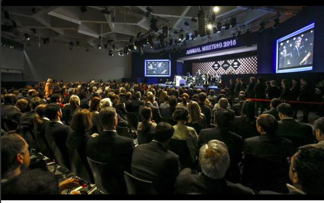Глава держави проведе низку зустрічей з економістами, політиками та підприємцями, з якими обговорить ситуацію в Україні / © twitter.com/APUkraine