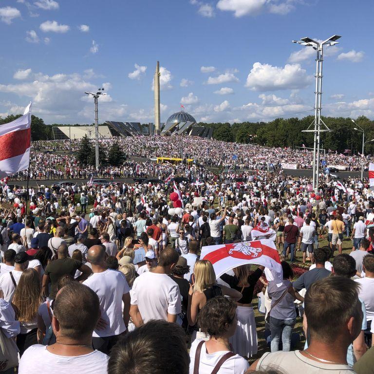 Не визнавати вибори в Білорусі та засудити насильство: у ВРУ готують звернення до демократичних країн