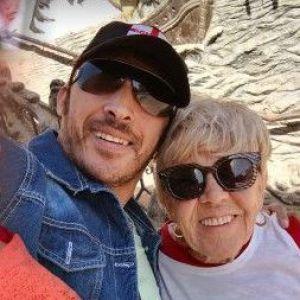 81-річна британка взяла шлюб із молодим коханцем: тепер вона розповідає про пристрасний секс на весь світ