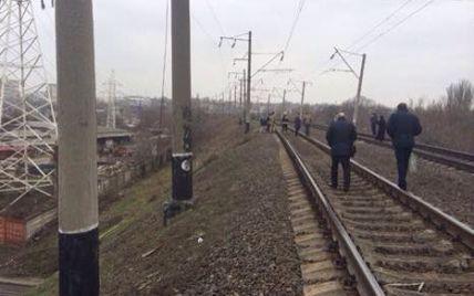 """Военные АТО задержали вагоны со стройматериалами для боевиков """"ЛНР"""""""
