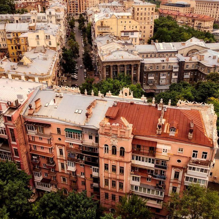 На вихідні у Києві обмежать рух транспорту: які вулиці потрібно об'їжджати