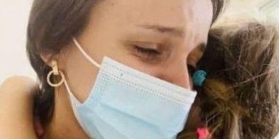У Харкові 2-річну дівчинку прив'язували до ліжка у реанімації і не пускали до неї батьків