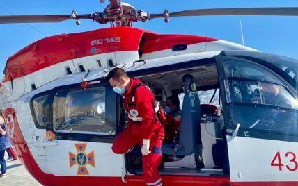 Во Львовской области трех пациентов вертолет доставил в больницу
