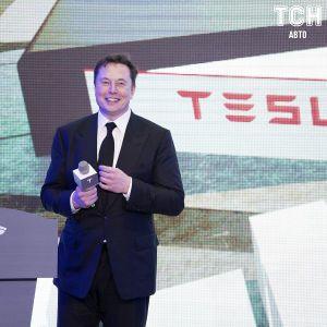 Маск уступил первенство в списке самых богатых людей на планете