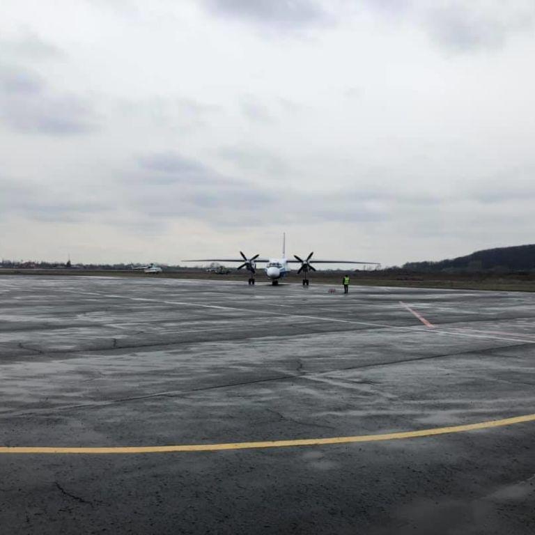 Аэропорт Ужгорода принял первый рейс после простоя