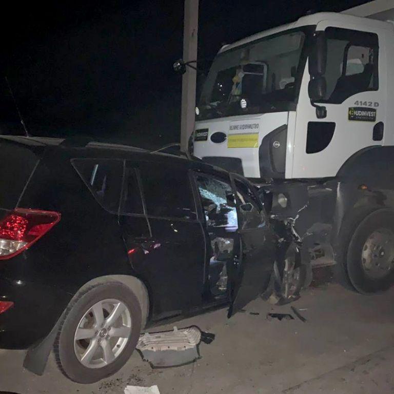 Лобовое столкновение легкового авто и самосвала: в Днепропетровской области в ДТП погибли четыре человека