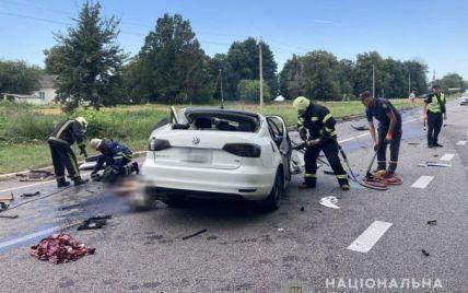 В жутком ДТП погибли полицейский из Закарпатья, его жена и 12-летняя дочь: подробности трагедии