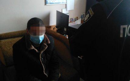 Сначала жестоко избил, а потом задушил: сын убил родную мать во Львовской области (фото)