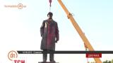 В Славянске демонтировали памятник коммунистическому вождю