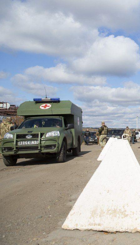 Боевики забрали тело погибшего под Зайцевым бойца, убитый медик и раненый защитник до сих пор на поле боя