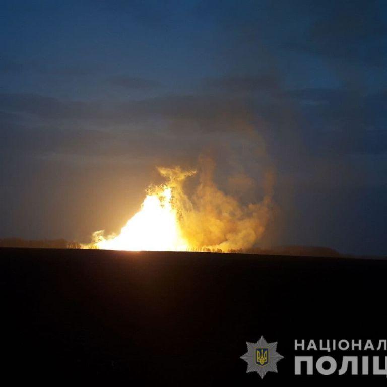 Взрыв газопровода под Лубнами: полиция и спасатели эксклюзивно рассказали о ситуации на месте инцидента