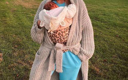 Хоче вберегти: Джіджі Хадід попросила пресу не показувати обличчя її дочки