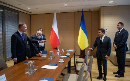 """Україна і Польща заявили про """"складне становище""""на кордоні з Білоруссю"""