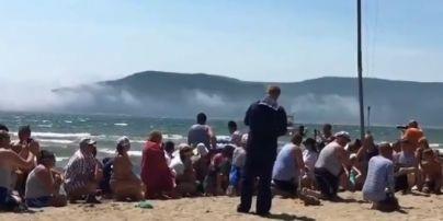 У Росії під час святкування дня ВМФ поранили жінку з ракетниці (відео)