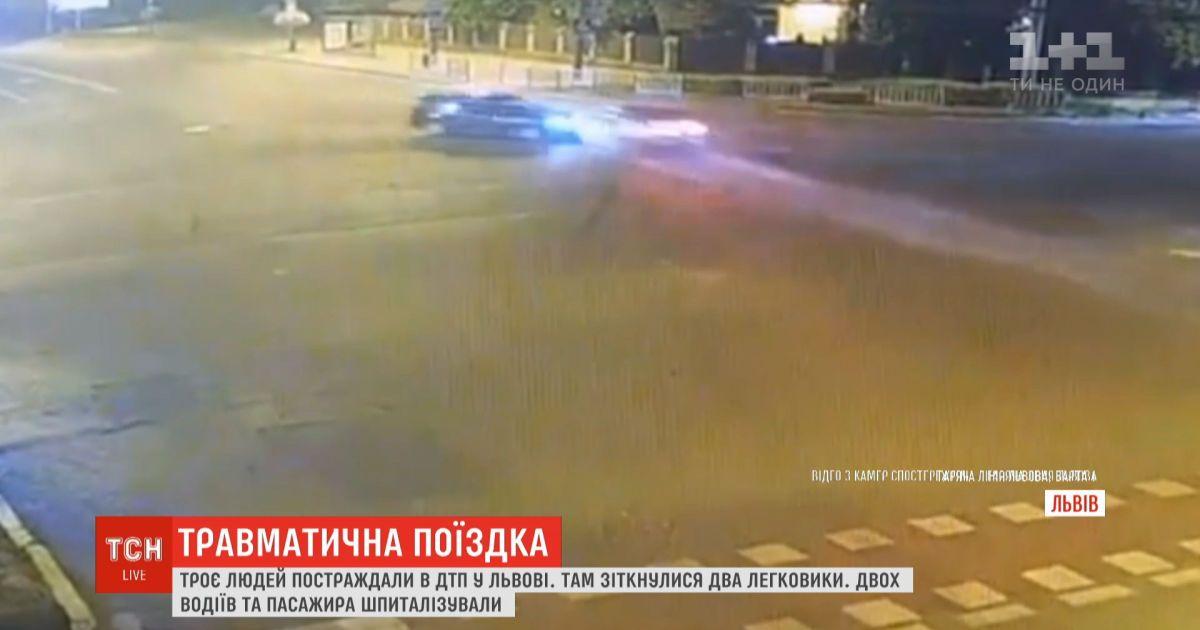 Трое человек получили травмы в результате ДТП во Львове