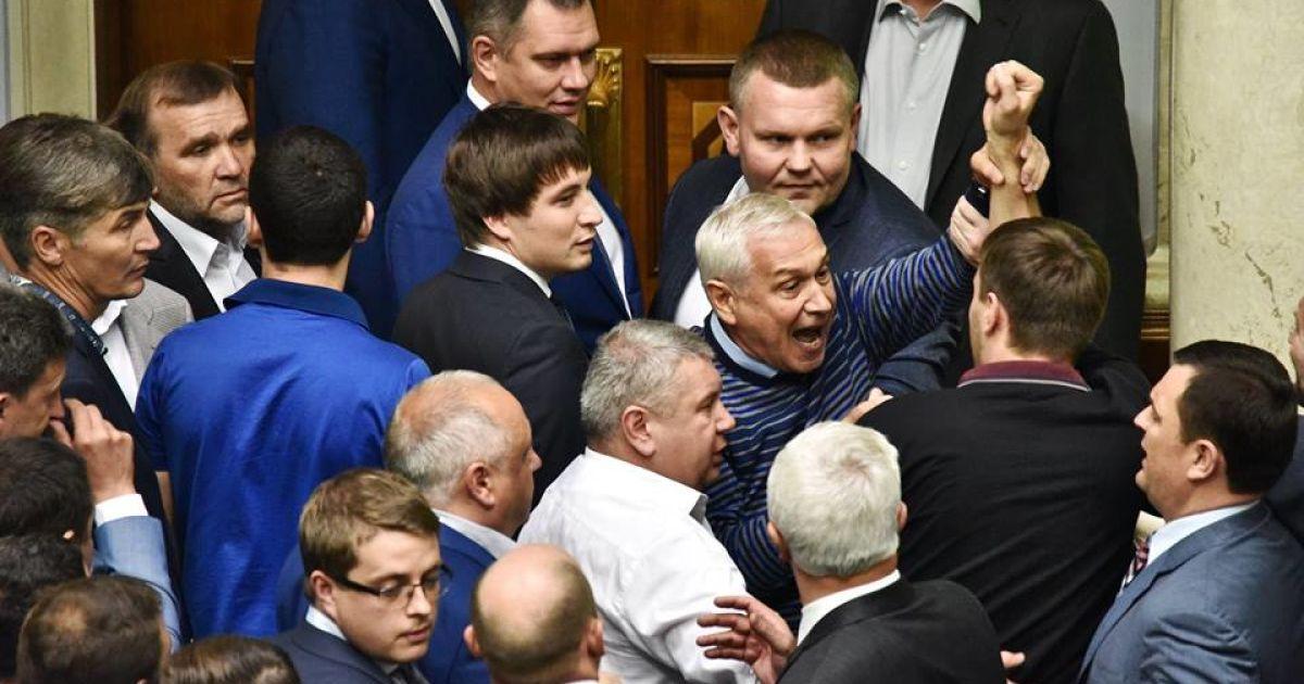 У парламенті сьогодні був напружений день / © facebook/Bogdan Bortakov