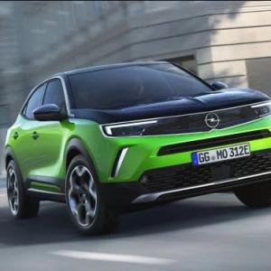 Opel офіційно представив електрокросовер Mokka з запасом ходу в 320 км: фото та відео