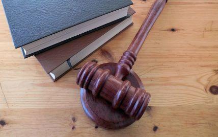В Житомирской области отец хотел задушить сына за громкий плач: суд вынес приговор