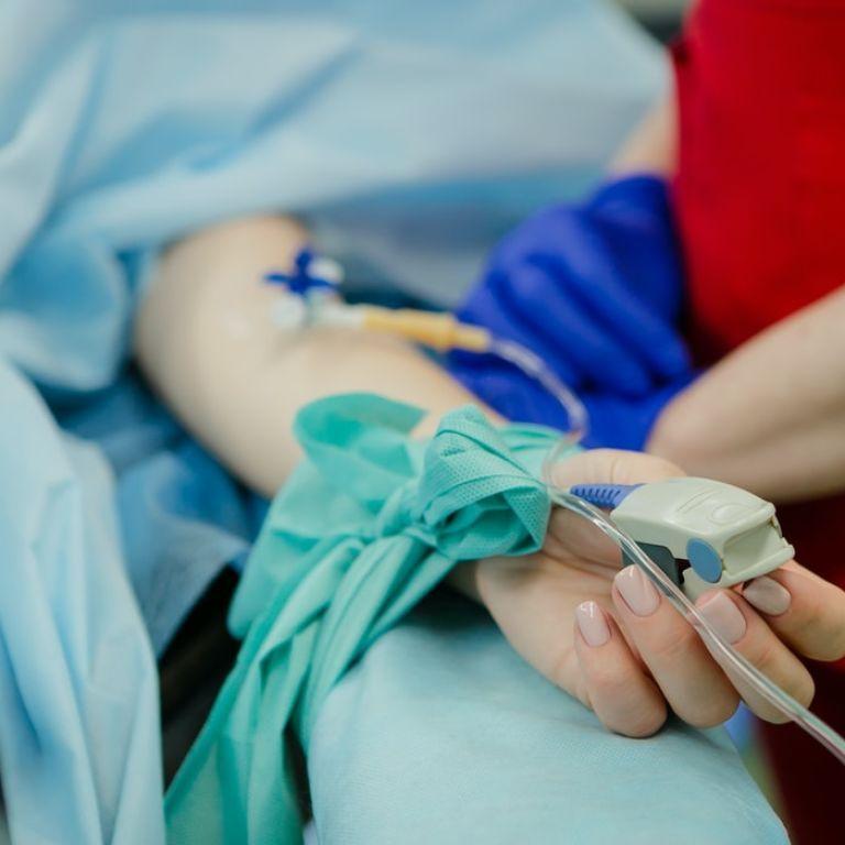 В Одесской области умерла медсестра с коронавирусом: ее долго не могли госпитализировать