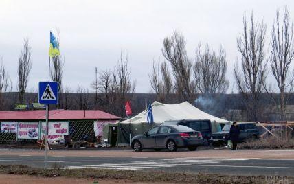 Депутати заявляють про силовий розгін блокади і поранених активістів