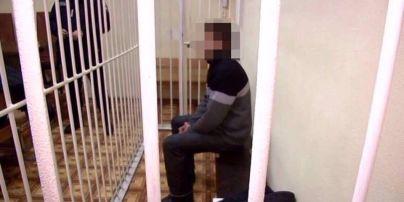 У Києві директора лялькового театру звинувачують у розбещенні 8-річної дівчинки