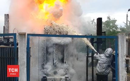 Появились видео и подробности пожара на Петровке