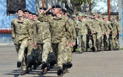 Мы движемся к отмене призыва в армию – министр обороны