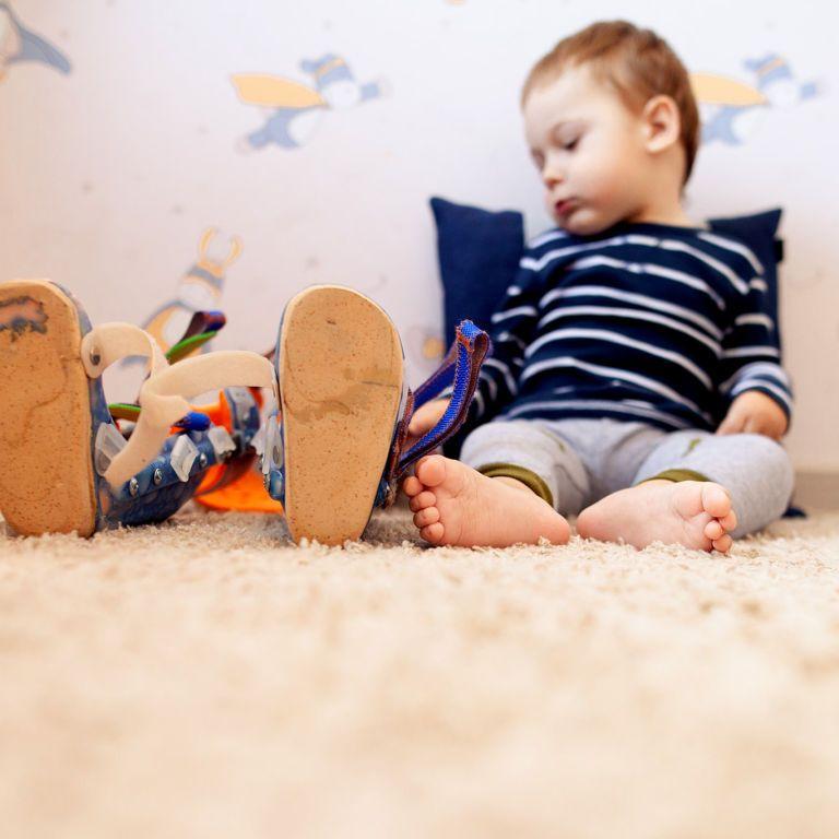 Украинские дети с диагнозом СМА имеют шанс на жизнь только благодаря неравнодушию: Никитка один из таких малышей