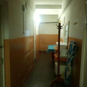 Вспышка коронавируса на станции скорой помощи в Виннице: власть умалчивает, а медики продолжают ездить на вызовы