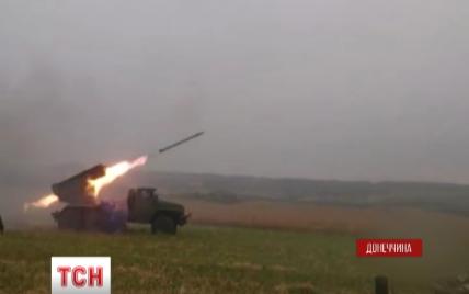 Боевики обстрелами уничтожили дома в Авдеевке