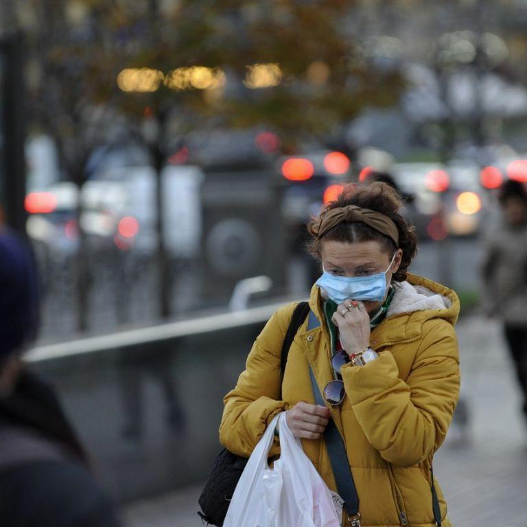 Штрафы за отсутствие маски действуют с сегодняшнего дня: где нельзя ходить без СИЗ и какое наказание