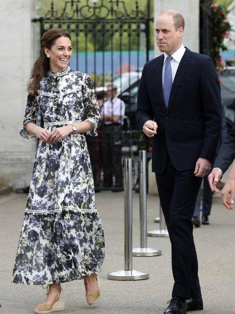 Герцогиня Кембриджська і королева Єлизавета II / © Associated Press
